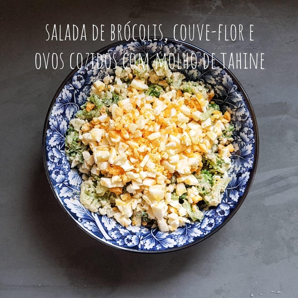 salada-de-brocolis-couveflor-ovos-tahine