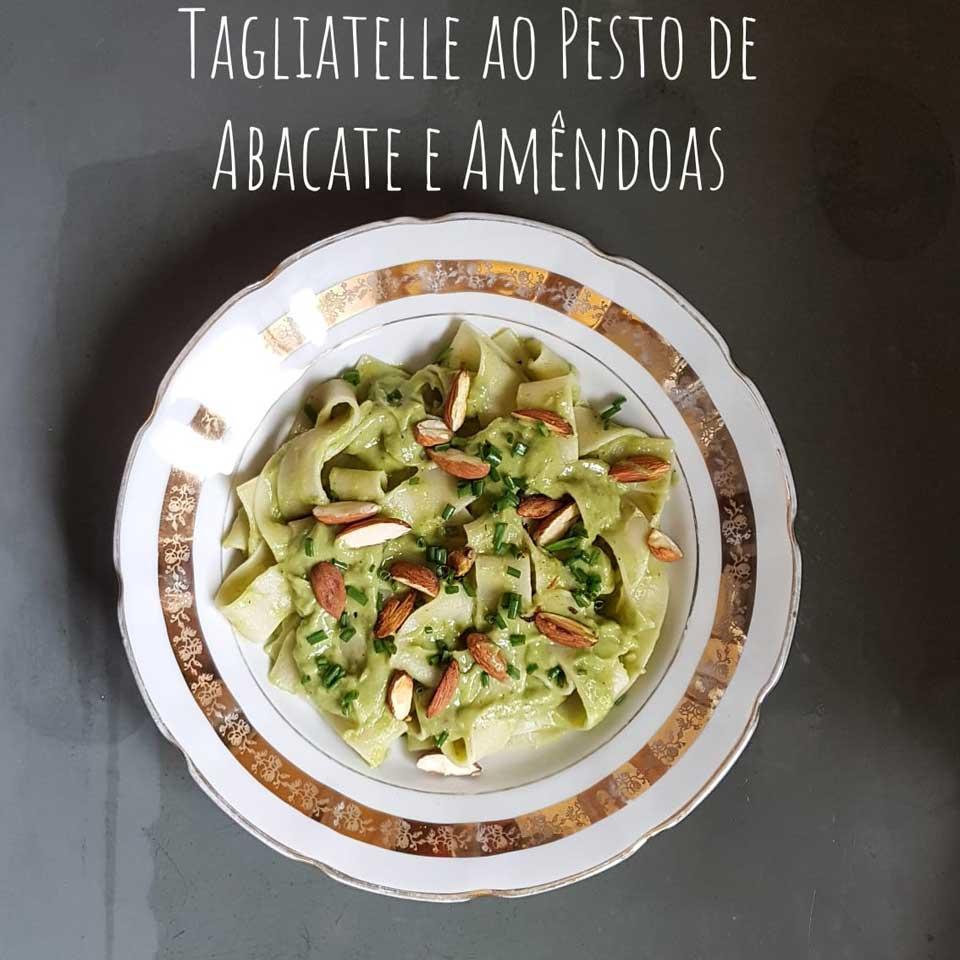 tagliatelle-ao-pesto-de-abacate-e-amendoas2