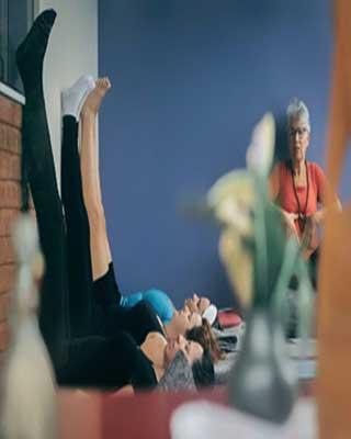 fim-de-semana-relaxante-com-yoga-e-terapias-corporais-05