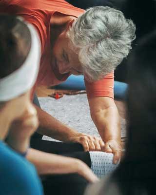 fim-de-semana-relaxante-com-yoga-e-terapias-corporais-06