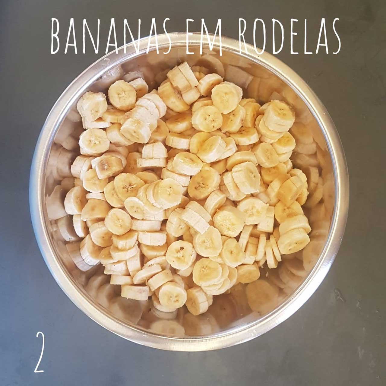 torta-de-banana-com-ameixa-02